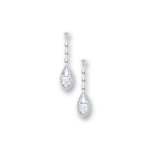 Diamond pendent earrings
