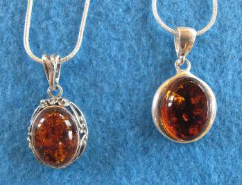 Amber_pendants-349x267