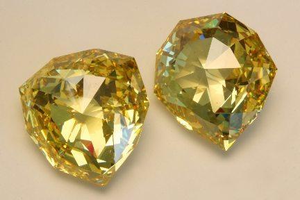 Florentine_diamond_replica_pair