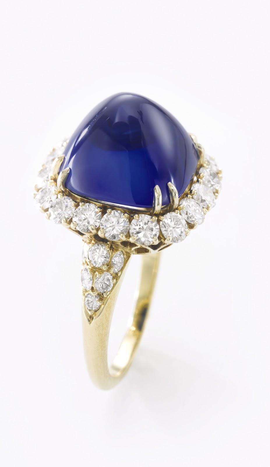 Lot 419 - Fine Kashmir sapphire and diamond ring - 15.34 carats