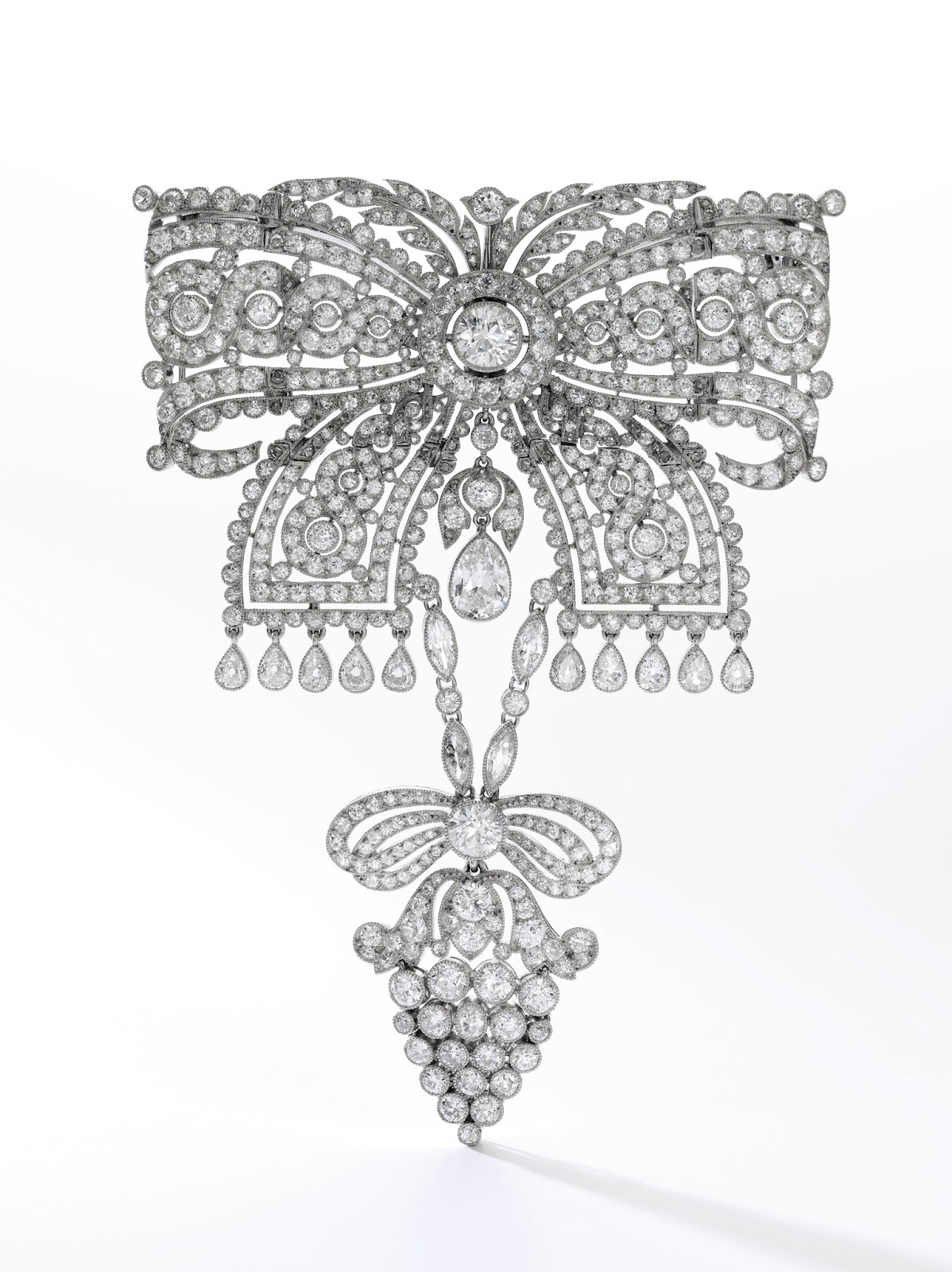 Lot 431 - Diamond brooch, Cartier, 1911