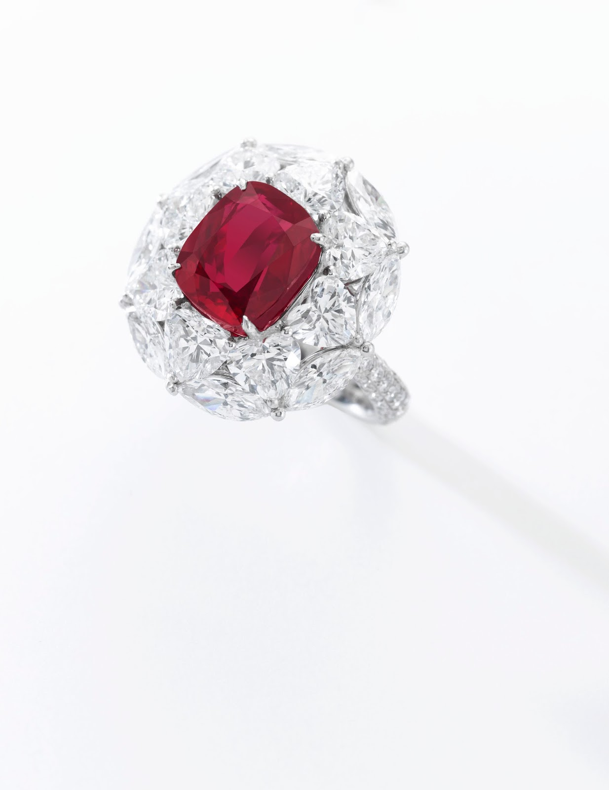 Lot 484 - The Emperor Ruby