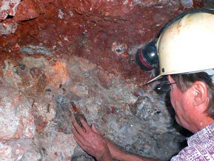 Aquamarine Gemstone Mining Jewelinfo4u Gemstones And