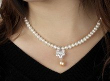 p37_Freshwater_White_Pearl_Necklaces_5