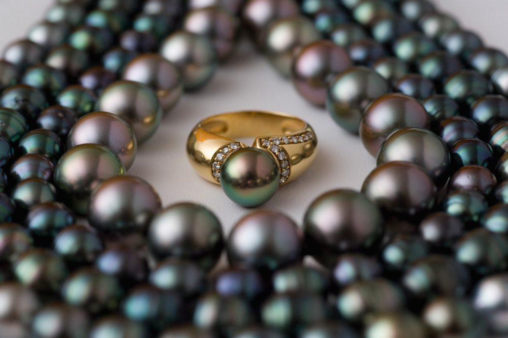 Black Pearl Buying Guide Jewelinfo4u Gemstones And